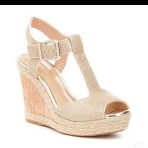 8 Antonio Meloni Maree gold t-Strap wedge